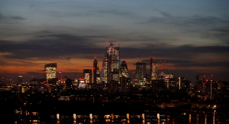 "Londonas. Philo Noble'o (""Reuters"" / ""Scanpix"") nuotr."