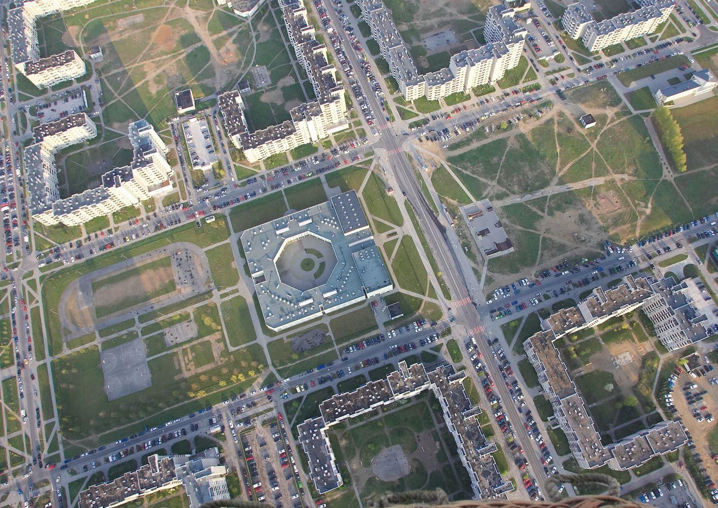 Vilniaus savivaldybė kviečia architektus siūlyti idėjas naujai Pilaitės gimnazijai