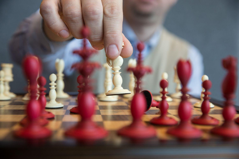 Žaiskite verslą. Ir padėkite žaisti klientams