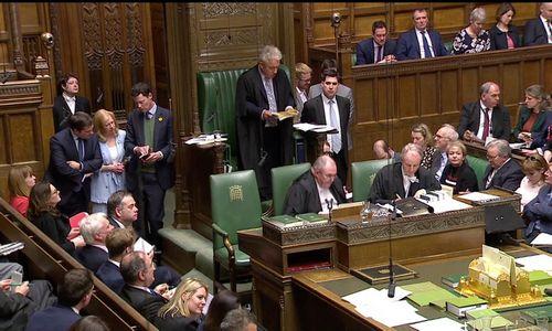 Britų parlamentas žino tik vieną žodį: ne