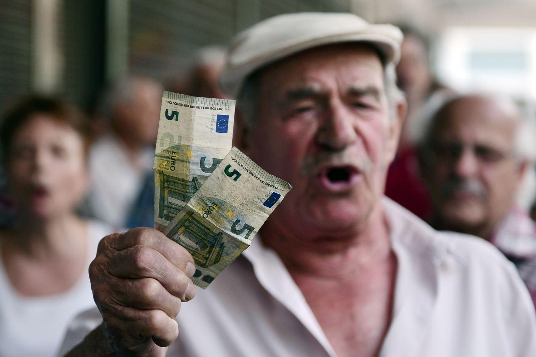 Euro zonoje infliacija lėtėja, bazinė – mažiausia per 2 metus