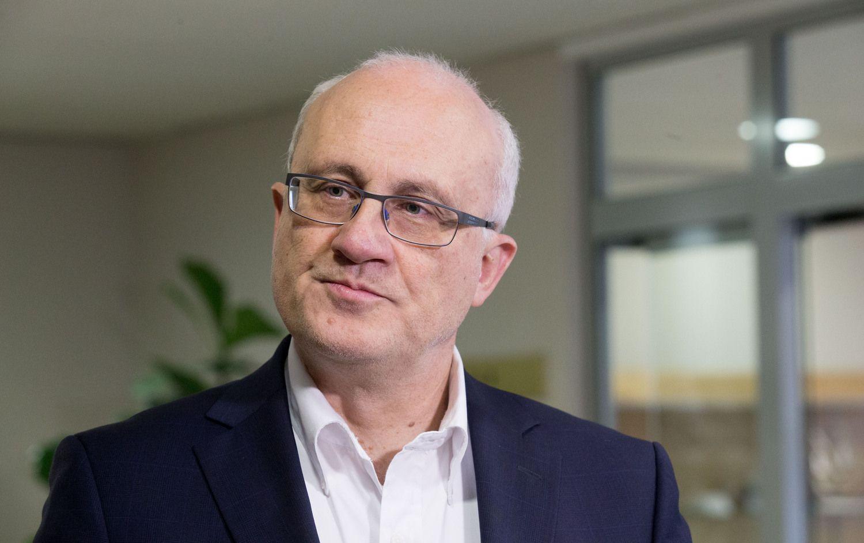 Premjero palaikymo sulaukęs S. Jakeliūnas stoja į atvirą kovą su Lietuvos banku