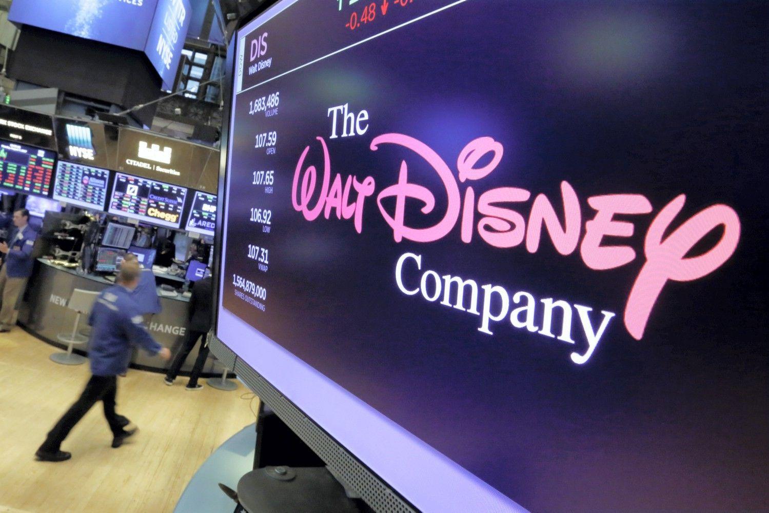 """Už algų nelygybę padavė """"Disney"""" į teismą"""