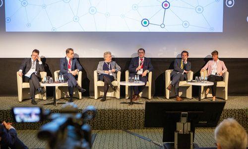 """""""Rail Baltica"""" forume – deklaravimas projektą baigti laiku ir pasirašyta projektavimo sutartis"""