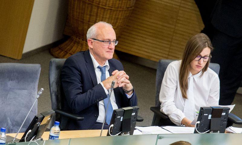 Stasys Jakeliūnas prašys Seimo iki spalio pabaigos pratęsti krizės priežasčių tyrimą. Juditos Grigelytės (VŽ) nuotr.