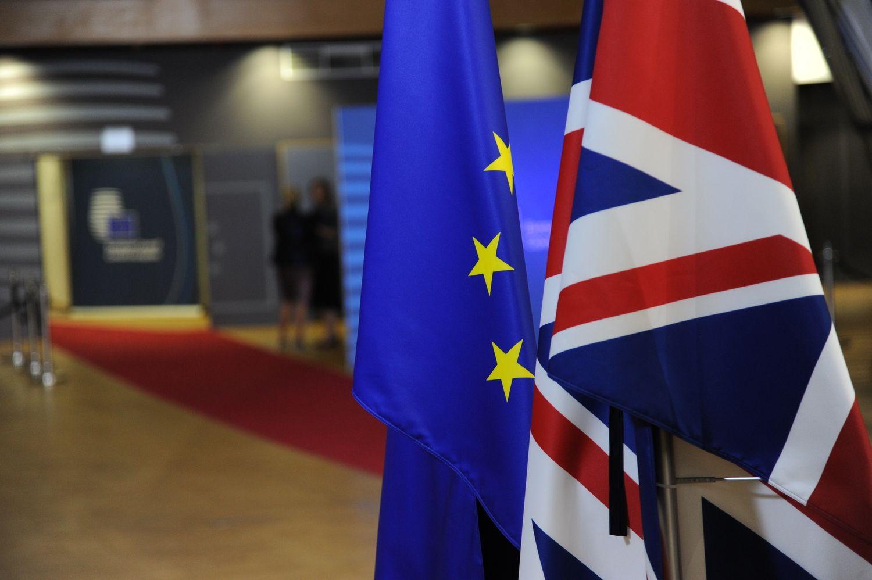 """Europarlamentarai patvirtino bevizį režimą tarp ES ir JK po """"Brexit"""""""