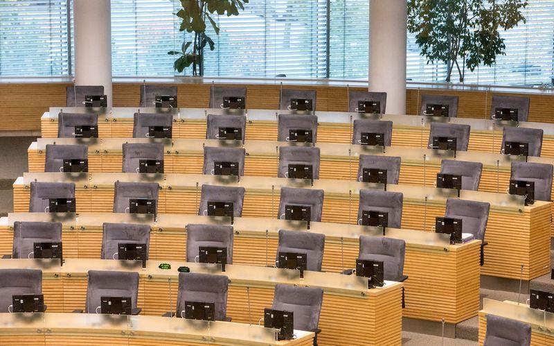 Seime kuriam laikui lieka dviem parlamentarais mažiau. Juditos Grigelytės (VŽ) nuotr.