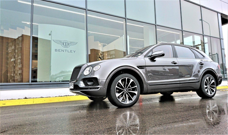 """Kuklumas pagal """"Bentley"""": legendinė britų markė turi keletą labai rimtų iššūkių"""