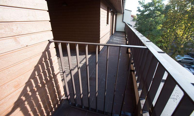 Balkono arba terasos bute pageidauja beveik 83% apklaustųjų. Vladimiro Ivanovo (VŽ) nuotr.