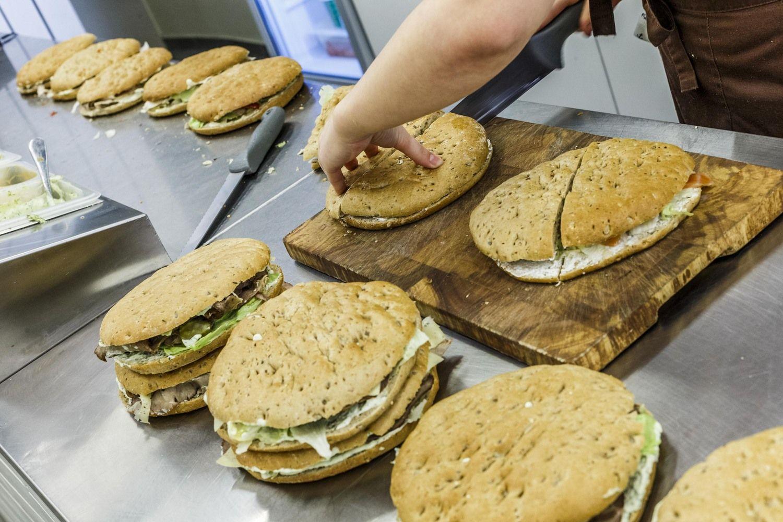 Didžiausias algas mokantys restoranai ir kavinės