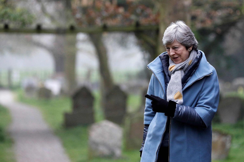 """Laikrodžiui tiksint Th. May tęsia derybas dėl """"Brexit"""""""