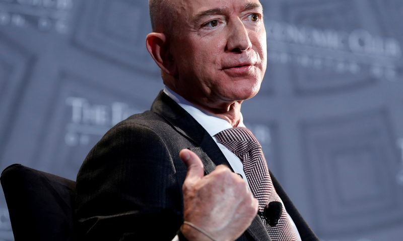 "Jeffas Bezosas, ""Amazon"" įkūrėjas.Joshua Roberts (""Reuters"" / ""Scanpix"") nuotr."