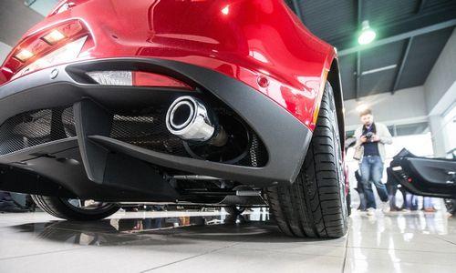 """BMW, """"Daimler"""" ir VW kaltinami karteliniu susitarimu, FCA gelbėsis su""""Tesla"""""""