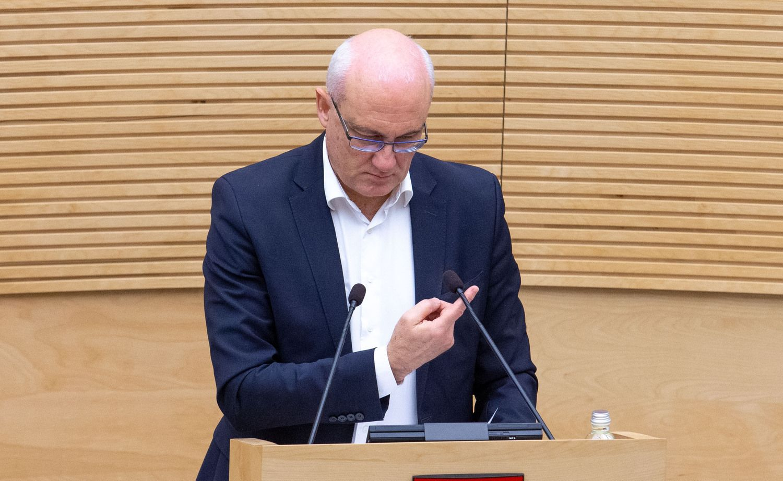 Lietuvos bankas prašo S. Jakeliūną pagrįsti kaltinimus