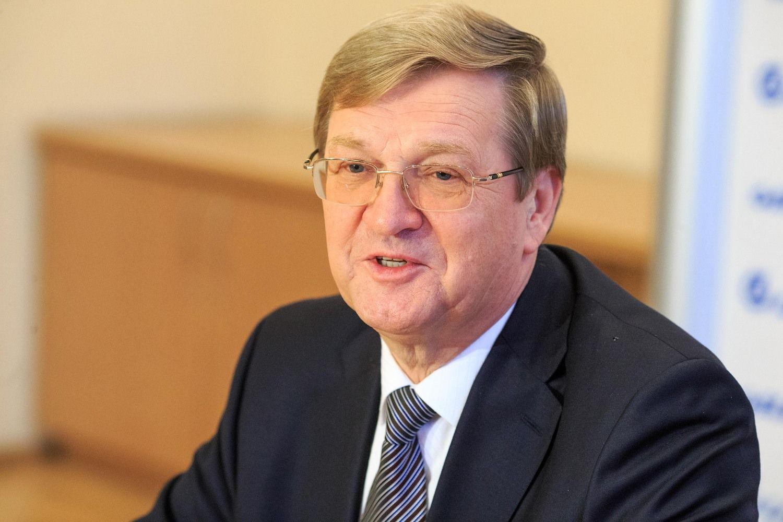 """""""LGC Cargo"""" ir """"Gargždų geležinkelis"""" vėl prašo leidimo vežti krovinius per Lietuvą"""