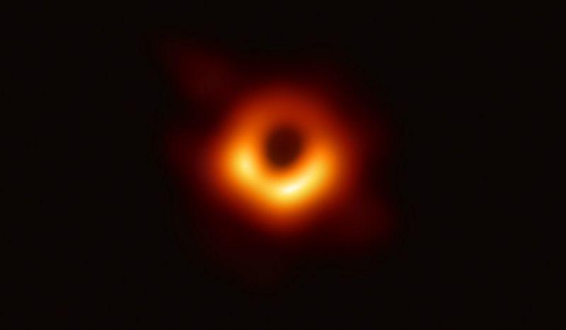 Mokslininkai parodė pirmąją juodosios skylės nuotrauką. Europos Komisijos nuotr.