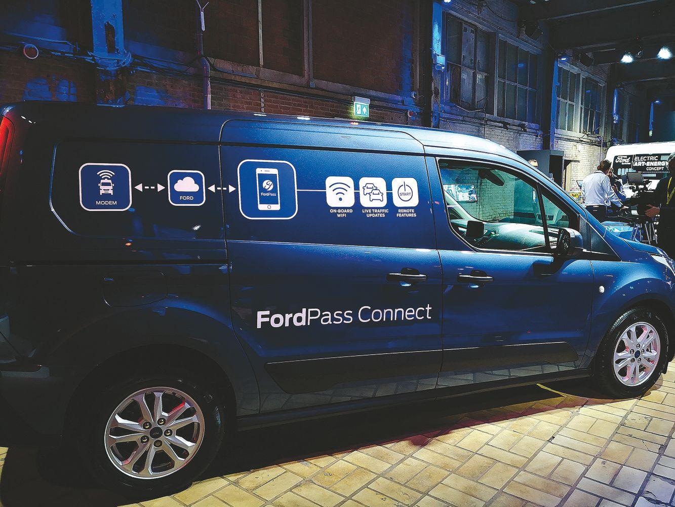 """Ford"" irgi siūlys gamyklinę telematikos sistemą"