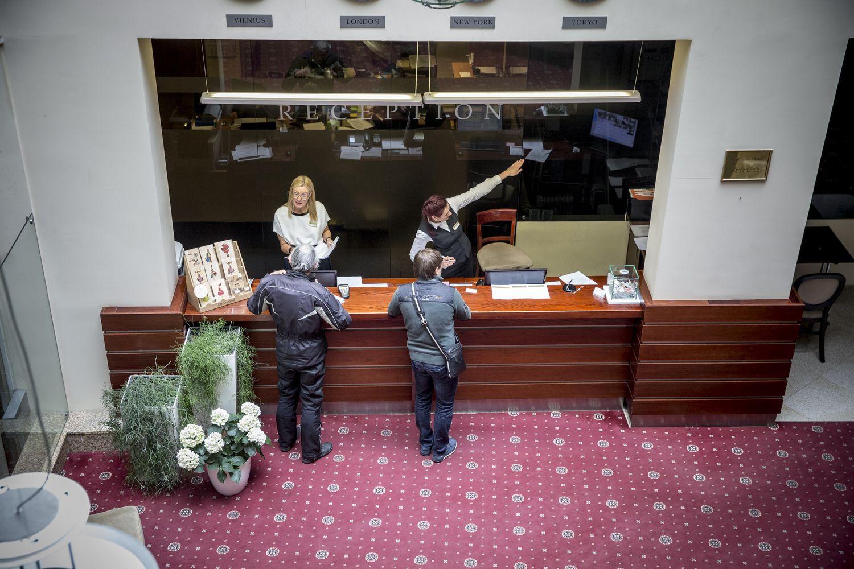 Didžiausias algas mokantys viešbučiai