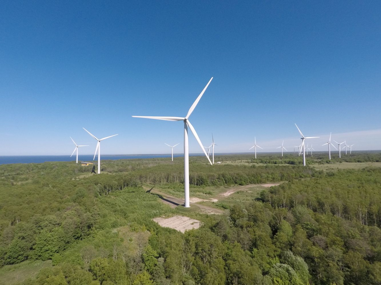 """Enefit Green"": vėjuoti orai palaiko vėjo elektros gamybą"