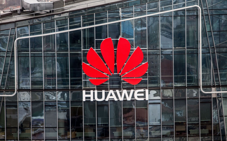 """""""Huawei Technologies"""" aktyviau dirbs su nuomonės formuotojais"""