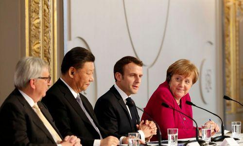 Europos piliečiai: E. Macronas stengiasi atgaivinti politiką