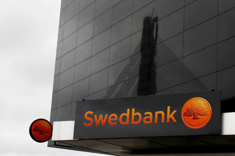 """""""Danske Bank"""" analitikai: """"Swedbank"""" akcijoms – 30% nuolaida"""