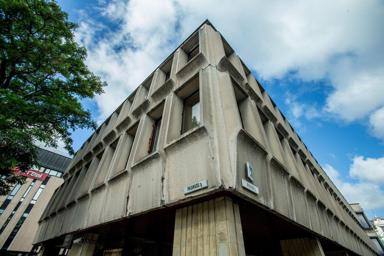 Vyriausybė spartina ministerijų pastatų atnaujinimą