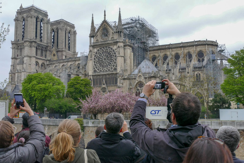 Dievo Motinos katedrai verslas aukoja milijonus