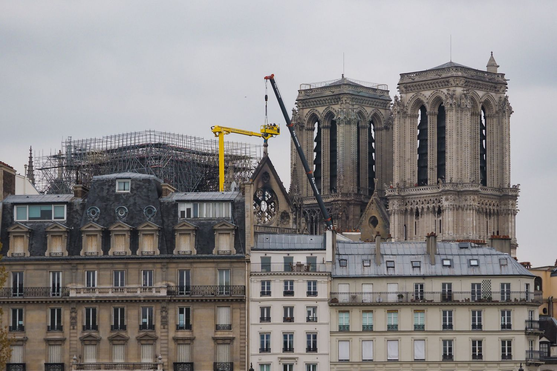 D. Grybauskaitė: Lietuva pasirengusi prisidėtiatstatant Paryžiaus katedrą