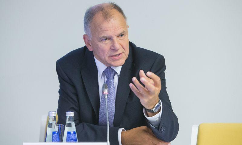 """Vytenis Andriukaitis: """"Pasisakau už BVP perskirstymo dalies padidinimą nuo dabartinių nepilnų 30% iki bent 35–36%."""" vladimiro ivanovo juditos grigelyt"""