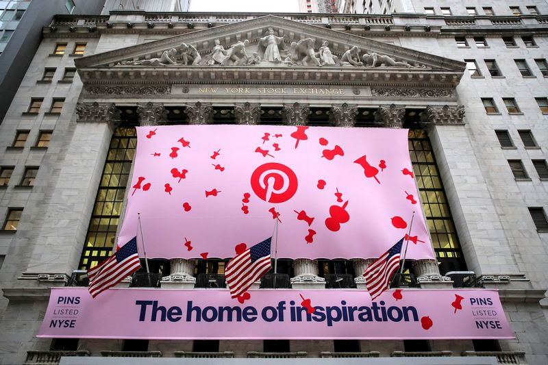 """Pinterest"" debiutas NYSE biržoje. Brendano McDermido (""Reuters"" / ""Scanpix"") nuotr."