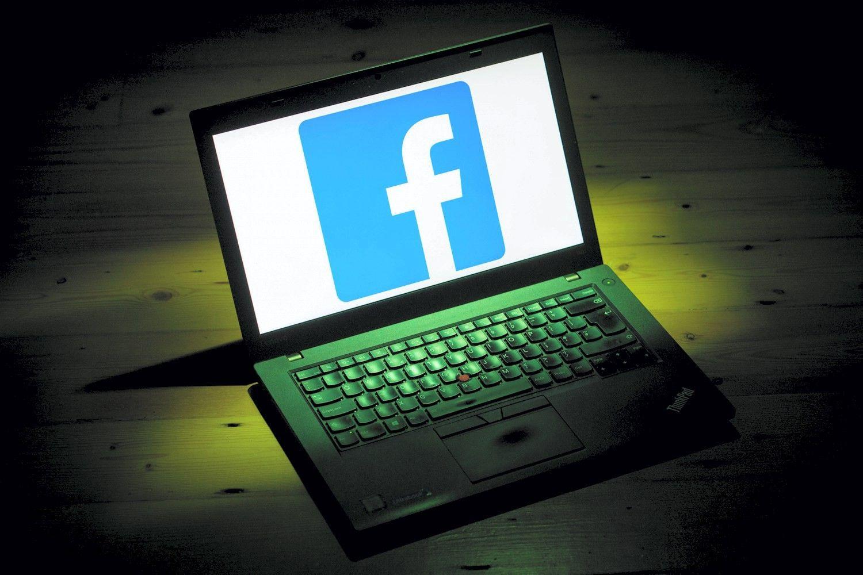 """""""Facebook"""" """"netyčia"""" pasisavino 1,5 mln. vartotojų kontaktų"""