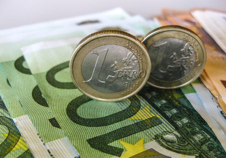 Susirgusių lietuvių pajamos nukenčia mažiausiai Baltijos šalyse