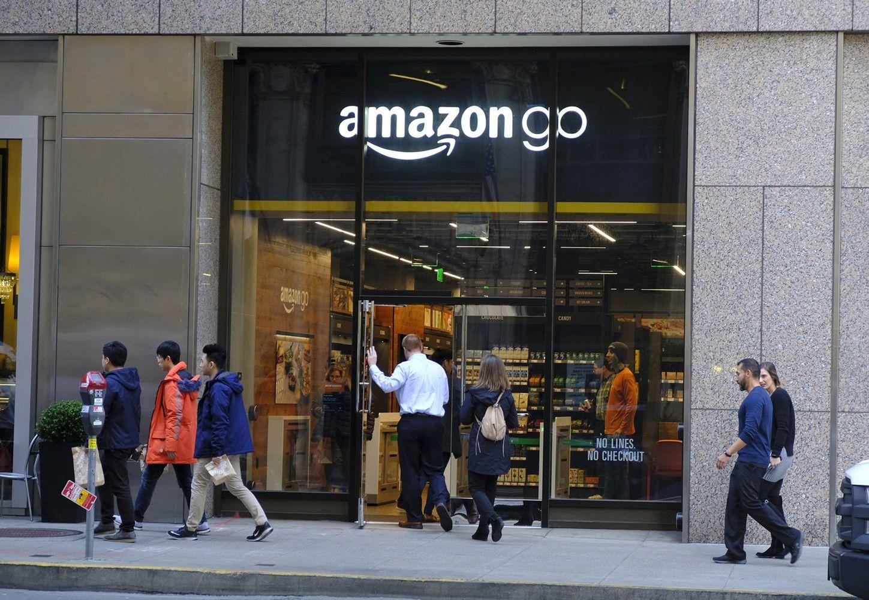 """""""Amazon Go"""" priims ir grynuosius"""