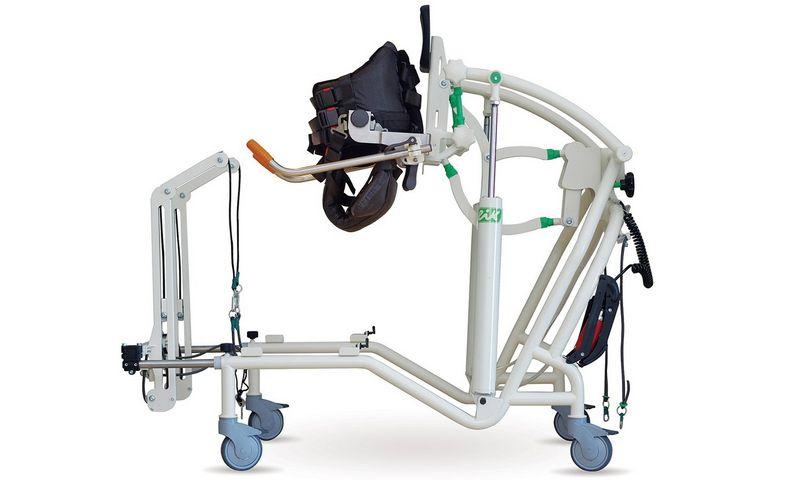 """UAB """"Vildoma"""" patentuojama reabilitacinė vaikštynė– universali, kompensuojanti ir treniruojanti mechatroninė įranga, kuri lengvai prisitaiko prie neįgalaus žmogaus poreikių."""