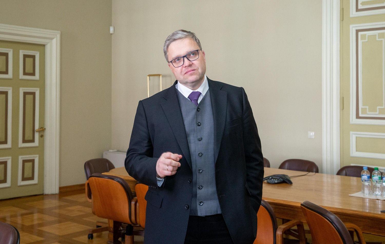 """V. Vasiliauskas: iš spintos bus traukiami """"Snoro"""" ir Ūkio banko skeletai"""