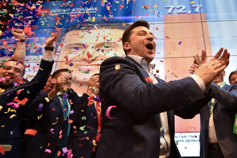 Pasaulio lyderiai sveikina Zelenskį, Rusija neturi iliuzijų