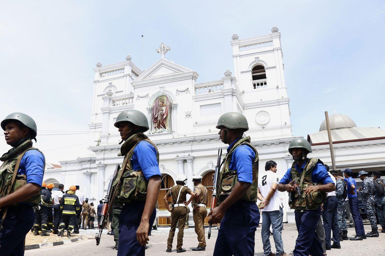 Dėl sprogdinimų Šri Lankoje įtariama vietinė islamistų grupuotė
