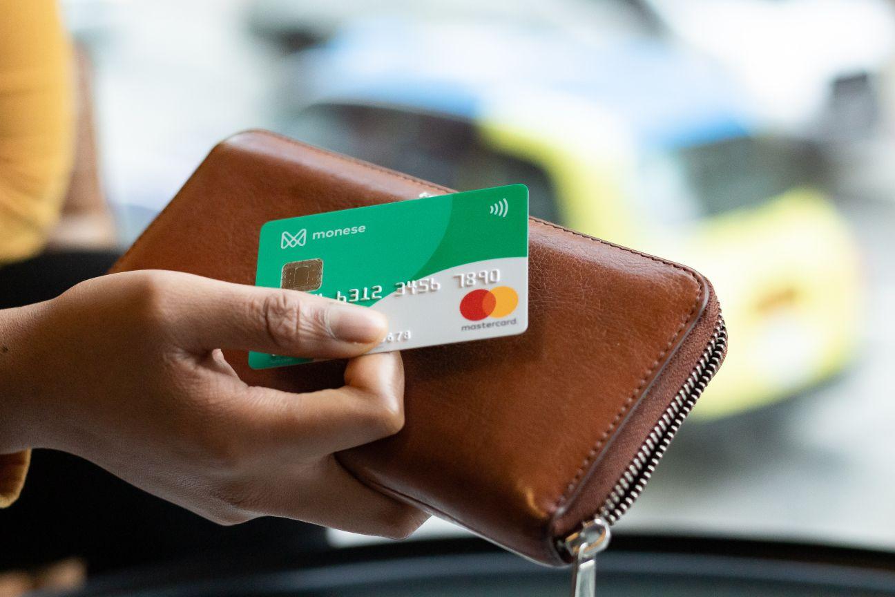 Dar du neobankai Lietuvoje: nuo nemokam� s�skait� iki mok�jimo korteli�