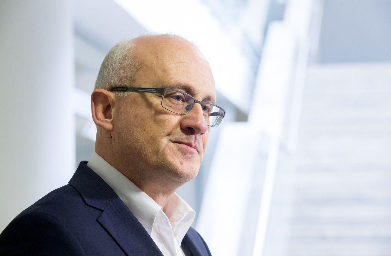 """LB vadovas: S. Jakeliūnas siūlė paskatinti """"Revolut"""" trauktis"""