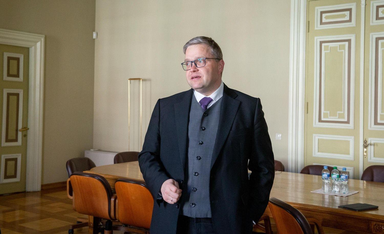V. Vasiliauskas: bendradarbiavimo su Seimu trūksta