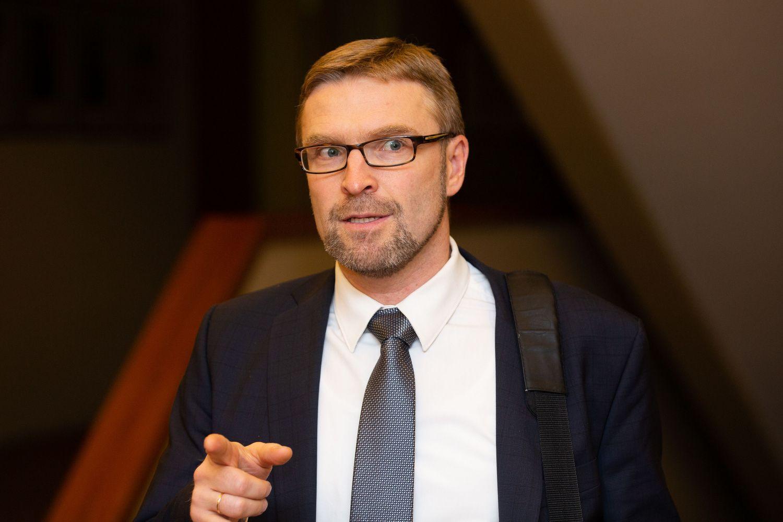 Ministras: keičiantis darbo rinkai, Lietuvai teks atnaujinti švietimą ir socialinę apsaugą