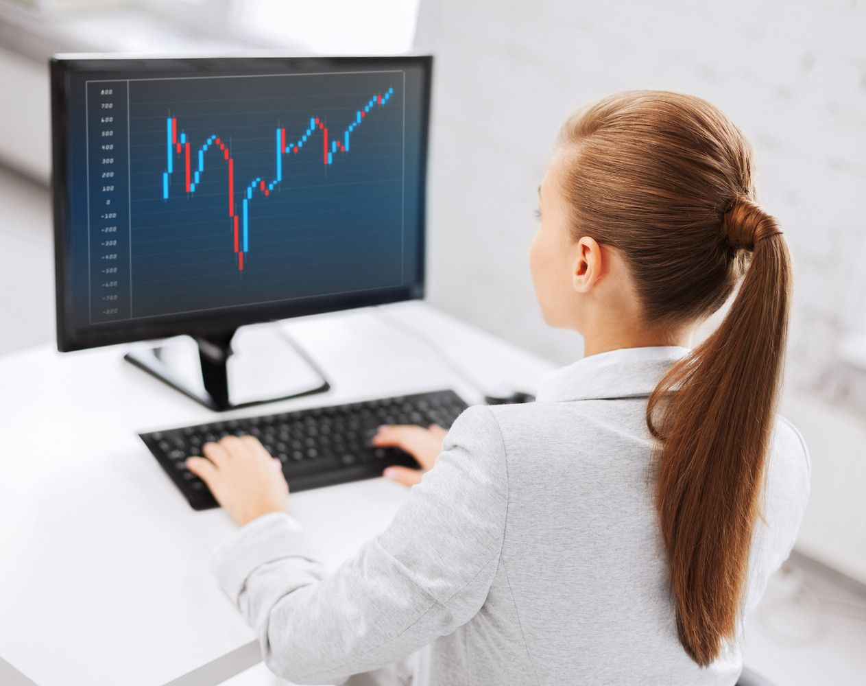 Investicijų platformojenuskendo 6.600 Eur: nepadėjo ir kabinimasis už šiaudo
