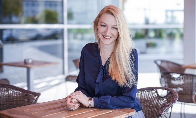"""Gerda Jurkonienė, """"Creditinfo"""" pardavimų ir klientų departamento vadovė, pabrėžia, kad """"Stipriausi Lietuvoje"""" – finansinį patikimumą įrodantis sertifikatas, todėl jis pritaikomas būtent tose srityse, kuriose lemiančiu veiksniu yra įmonės patikimumas. Vladimiro Ivanovo nuotr."""