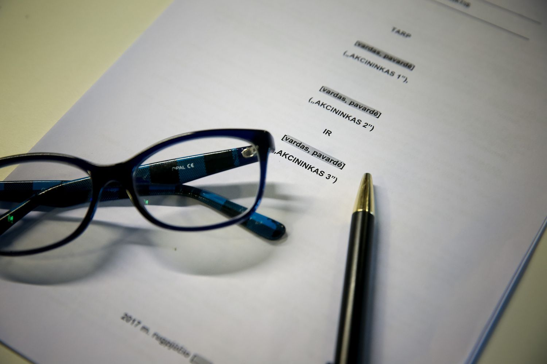 Bendras verslas su artimaisiais: į ką atkreipti dėmesį