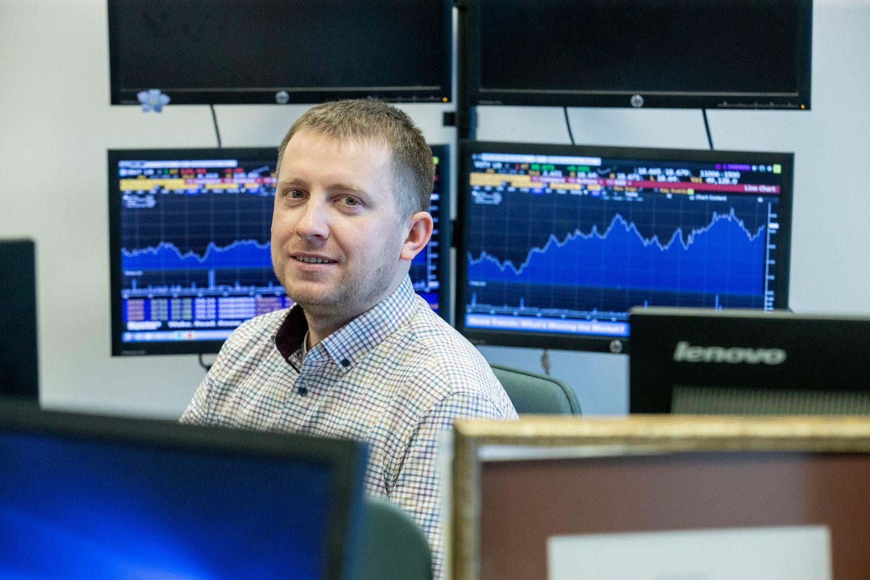 """Baltijoje dėmesys """"Aprangai"""", PTR, pasaulio rinkose – JAV BVP, naftos nuosmukiui"""