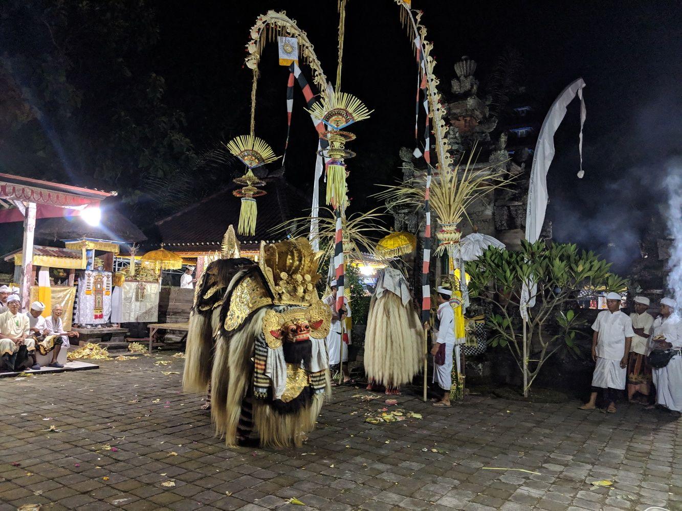 J. Vilpišauskaitė: Raganos ir drakono kova Balio kasdienybėje