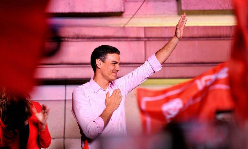 """Pedro Sanchezas, rinkimus laimėjusios Socialistų partijos vadovas ir šalies premjeras. SIPA / """"Scanpix"""" nuotr."""