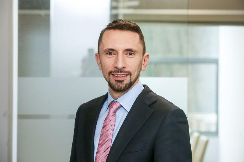 """Jonas Sakalauskas, advokatų kontoros """"AAA Law"""" partneris, tvirtina, kad, tinkamai įgyvendinus nacionalines priemones, laimėtų importuojantis ir eksportuojantis verslas. Vladimiro Ivanovo (VŽ) nuotr."""