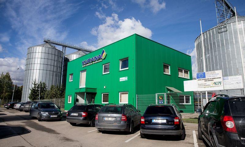 """""""Kuranos"""" gamyba beatliekinė – iš grūdų gaminamas etilo alkoholis, o šalutinis produktas – žlaugtai – paverčiami į biomasę ir biodujas. Juditos Grigelytės (VŽ) nuotr."""